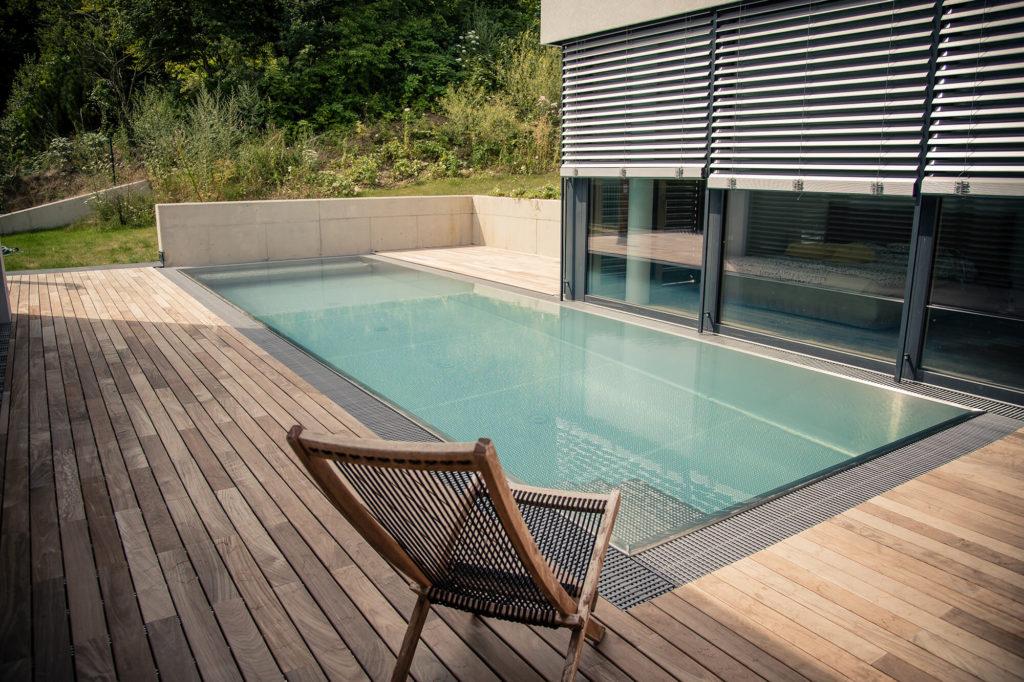 Nerezový bazén s prelivovým žľabom - Wonderwerk